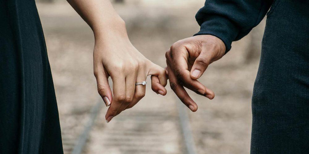 Spłata długu za małżonka jako darowizna